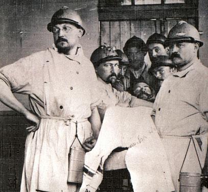 Georges Duhamel, médecin pendant 14-18, à gauche