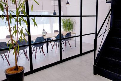 内装にこだわった居心地の良いオフィス