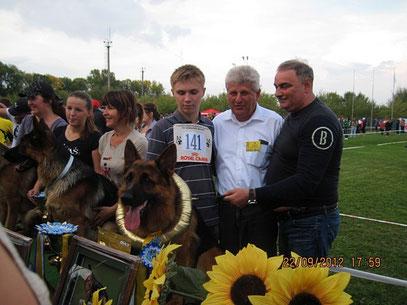 Profi v.Osterberger-Land-победитель класса юниоров.