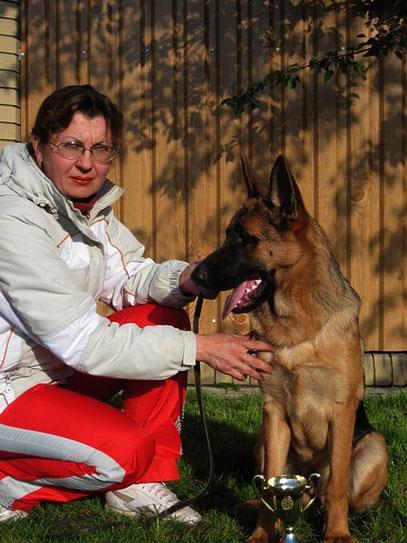 Я и Кантри фон Нордэн-Штэрн, 6мес 23 дня (Profi von Osterberger-Land+Шанта фон Нордэн)