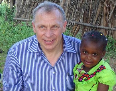 Hans Gnann mit der damals 4-jährigen Joy