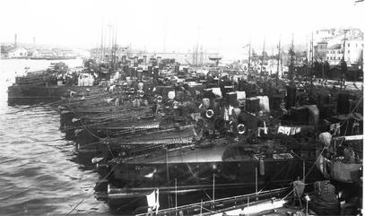 Torpedoboote im Hafen von Pola 1912