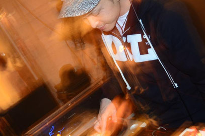 DJ OKI from 狼煙