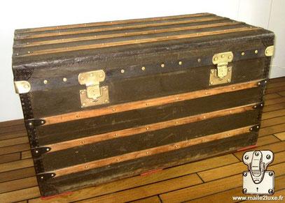 Trunk Moynat Paris old French wood