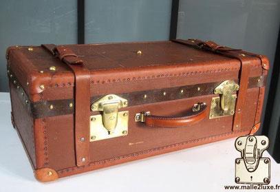 Moynat double lock case