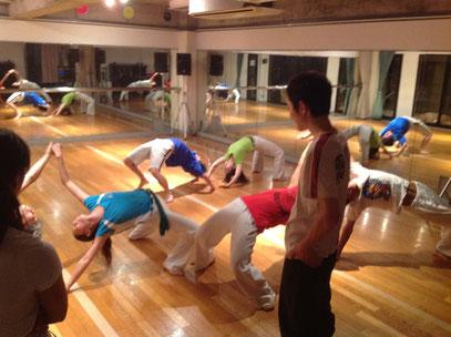新宿区高田馬場 仕事帰りのカポエイラ(カポエラ、capoeira)教室
