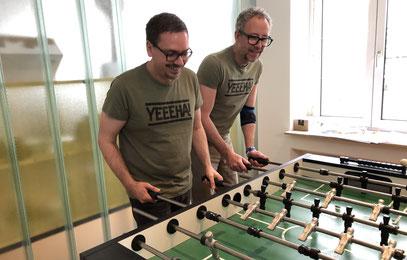 Unterschied & Macher | Kickern für bessere Team-Kommunikation