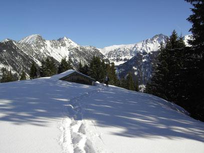 Die Obere Älpele Alpe im Schnee