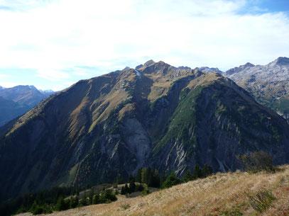 Das gewaltige Massiv des Muttekopf,über dem Höhenbachtal