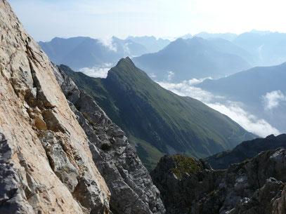 Pfeilerspitze mit Luxnacher Sattel.Diese Aufnahme habe ich vom Söllerkopf aufgenommen