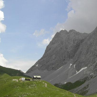 Anhalter Hütte mit Heiterwand
