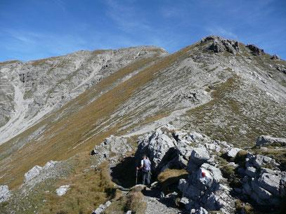 Der Gipfel des Thaneller im Hintergrund,beim Anstieg über den Südgrat