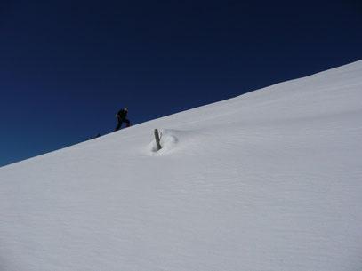 Die letzten steilen Meter zum Gipfel