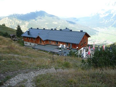 Wolfratshauser Hütte am Grubigstein