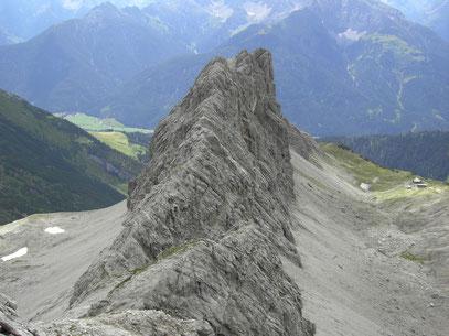 Blick von der Plattenspitze zur Wolfebnerspitze