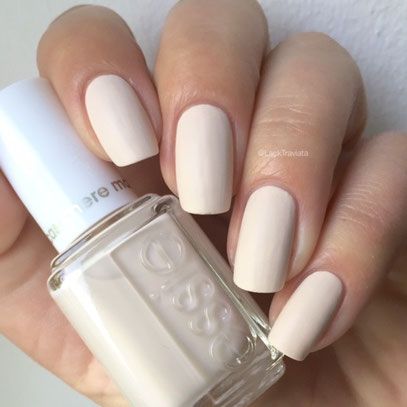 swatch essie wrap me up by LackTraviata