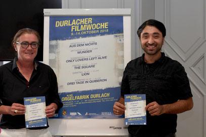 Durlachs Ortsvorsteherin Alexandra Ries und Filmewochen-Organisator Serdar Dogan freuen sich über ein starkes Filmprogramm.