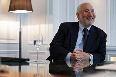 """""""Sollte der Euro überleben, wird Mario Draghi als jener Mann in die Geschichte eingehen, der in einem entscheidenden Moment eine entscheidende Rolle spielte."""""""