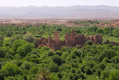 Pincha la foto visitar la kasbah Itran.