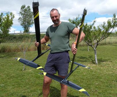 Alexis Marechal présente deux windfoils Aeromod neufs