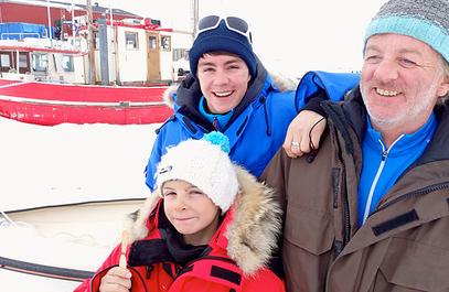 Pierre Dutrievoz, avec ses deux enfants.