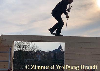 Blockhaus bauen - Inspektion - Begehung - Begutachtung - Hauskauf - Blockhausbauen
