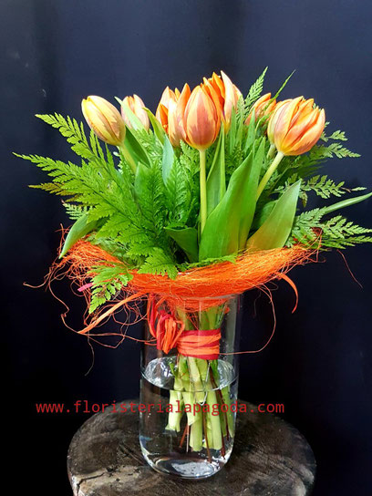 10 Tulipánes preparados PVP 30 € ref Tulipanes 01
