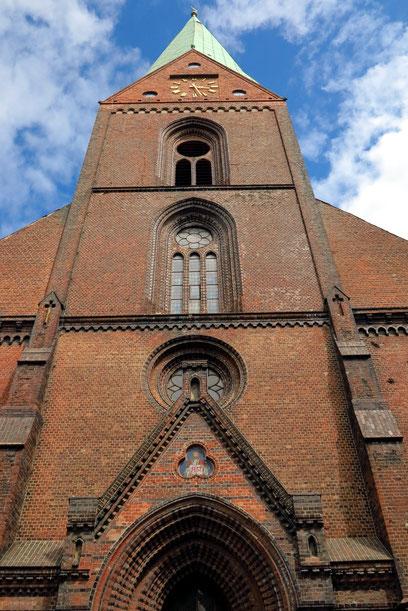 St.-Nikolai-Kirche in Kiel, gotischer Hallenbau um 1242