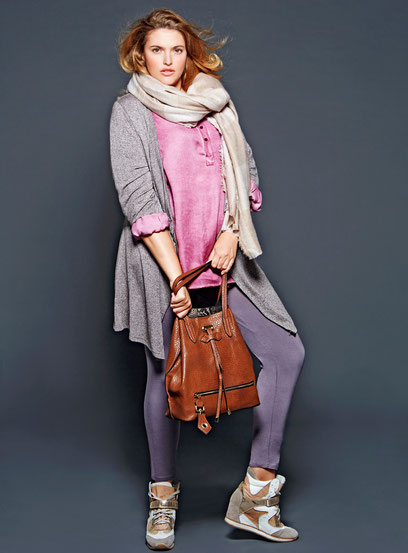 plus size model , oversize fashion , Mode in großen Größen , casual Look für kurvige Frauen