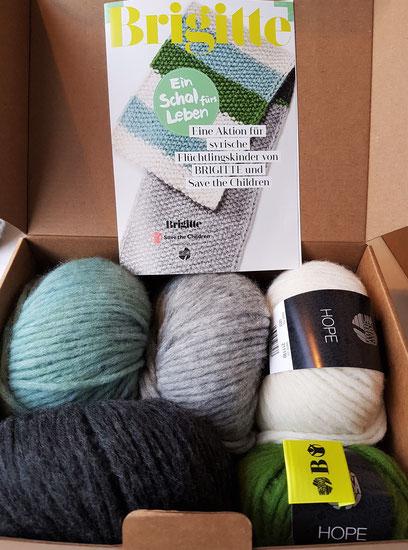 Blick in das Wollpaket zum Schal des Lebens