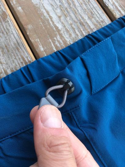 前面サイドポケット(両サイドあり)