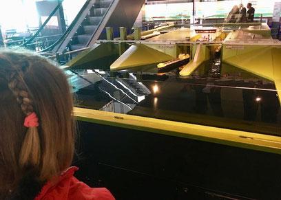 Modell einer Schiffschleuse