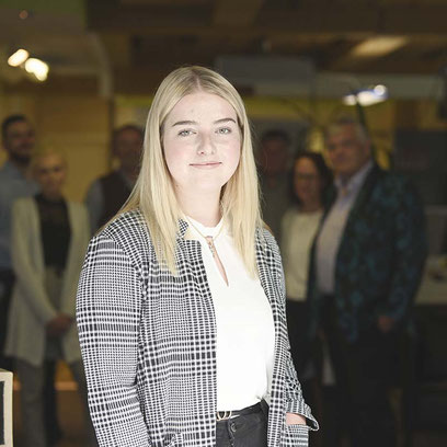 Larissa Heinrichs, Auszubildende bei Finsura, der Versicherung im Allgäu