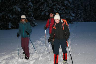 Schneeschuhlaufen Schneeschuhwandern Brunni Alpthal Zürichsee Gruppenevent