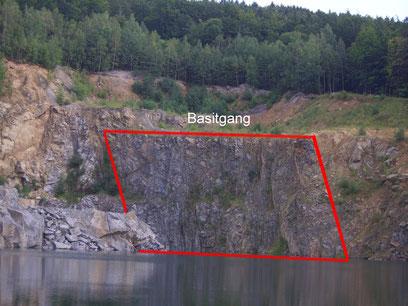 Gabbro-Stock im ehem. Steinbruch Valtengrund