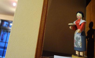 貝の小鳥のお人形さん