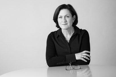 Maria Babilas; Interimmanager; Treasury; corporate finance