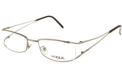 Occhiali da vista Vogue donna 3526. Colore: 323S argento opaco. Forma: squadrato. Materiale: metallo.