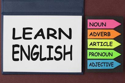 英語はペラペラ話せても、文法はどうも・・・