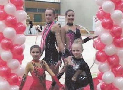 Die Gymnastinnen der TG Schwenningen holten gute Platzierungen bei den Württembergischen und hatten auch sichtlich Spaß am Wettbewerb