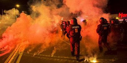 Lørdag aften eskalerer det racistiske amokløb i Heidenau