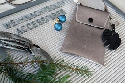 Weihnachtsoutfit nähen Accessoires Wunschleder Handytasche DIY Haarband Nähblog Nähanleitungen Modeblg