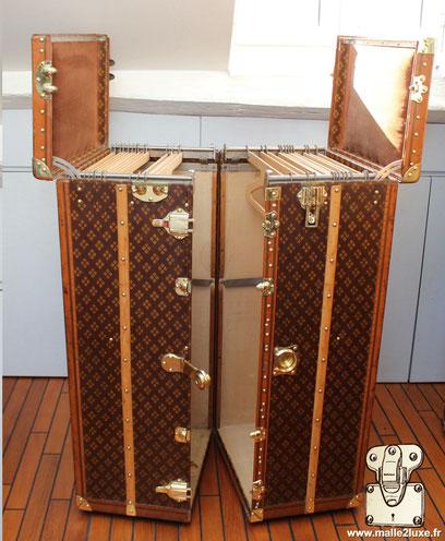 Wardrobe old trunk Aux Etats Unis restoration