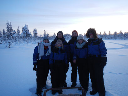 Sechs Lappen in Lappland (v.l.: Sonja, Hannah, Max, Konrad, Clarita, Verena)