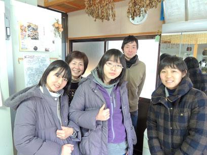 さーちゃんミニヤギ牧場、オーナーさん達と、パチリ☆