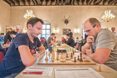 Am Einserbrett spielte Laszlo Gonda (re.) gegen Florian Schwabeneder (Grieskirchen)