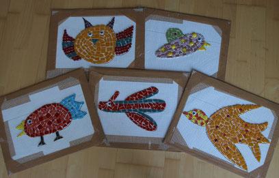 bunte Vögel aus Mosaik