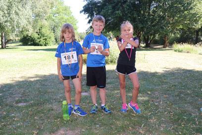 ..die drei schnellsten Bambinilauf-Läufer sind von der DJK :-))
