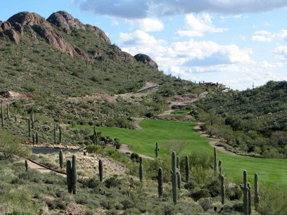 Golf course in Arizona (source Wikicommon)