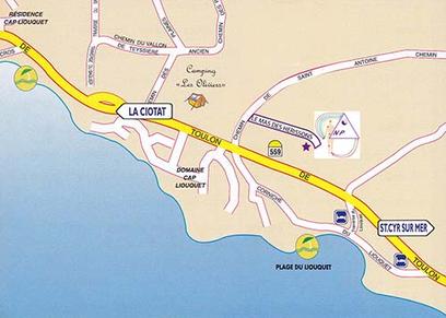 Route départementale 559, avec panneau La Ciotat à gauche et panneau Saint Cyr/mer à droite. Au milieu, mon logo indique le lieu de rendez-vous.